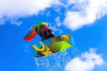kite surf in flight