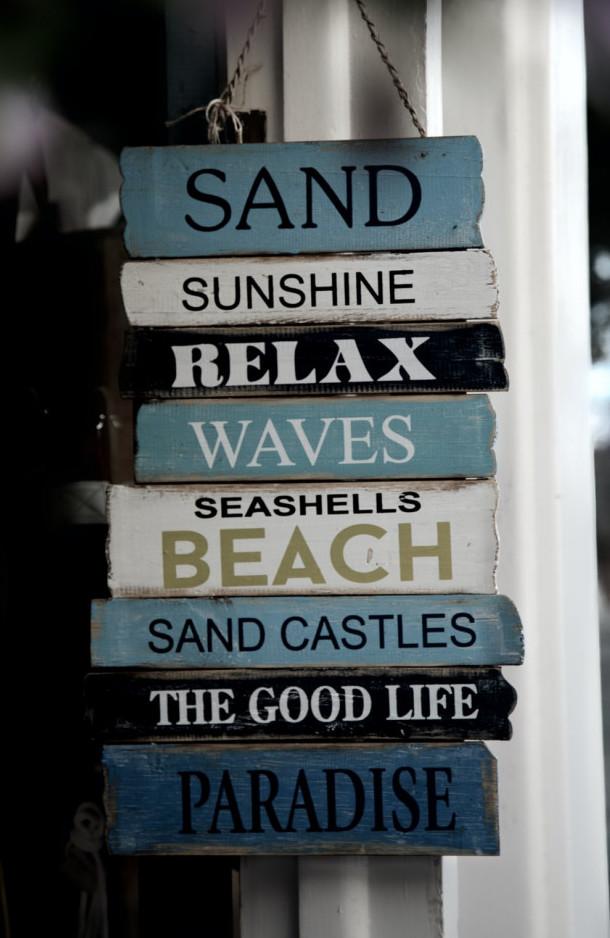 Beach signage goodvibes
